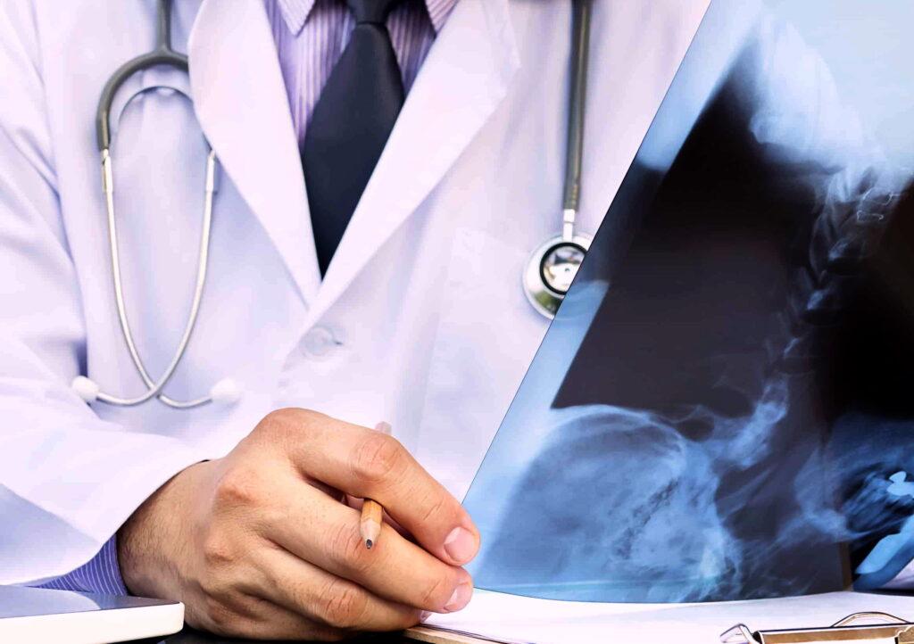 visita ortopedica trauma traumatologia apparato scheletrico sistema osseo